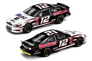 Action 1/64 2002 Ryan Newman Mobil 1 Speedpass Ford Taurus H/O