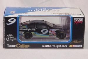 Team Caliber 1/64 2000 Jeff Burton Northern Light Taurus (Owners in display case)