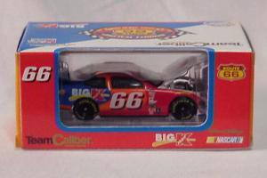 Team Caliber 2000 Darrell Waltrip Big Kmart Ford Taurus (Owners in display case) diecast