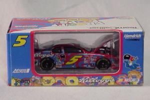 Team Caliber 2000 Terry Labonte Kelloggs Cherry Berry Froot Loop (Owners in display case diecast