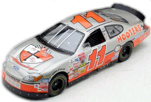 Racing Champions 2003 Brett Bodine Hooters Chase the Race Ford Taurus diecast