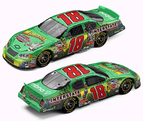 Action 2005 Bobby Labonte Interstate Batteries Madagascar Chevy Monte Carlo (RCCA Club Car #132 of 300) diecast