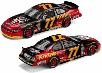 Action 2004 Brendan Gaughan Kodak The Punisher Dodge Intrepid diecast