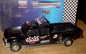 Action 1994 Dale Earnhardt Goodwrench Dually B/W Bank diecast